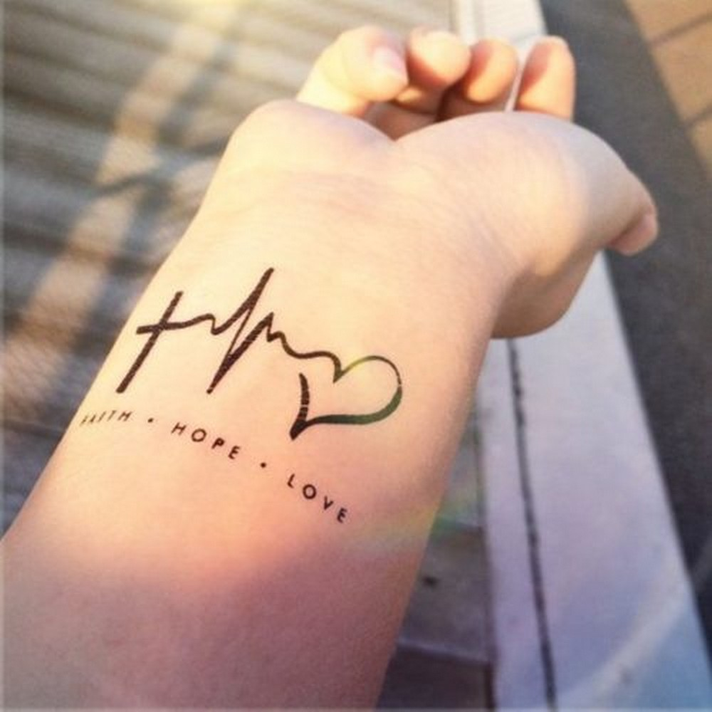 Tatuajes Para Mujeres Un Nuevo Accesorio De Moda: Fascinantes Tatuajes Y Muy Hermosos Para Mujeres. ¡LlKE Si